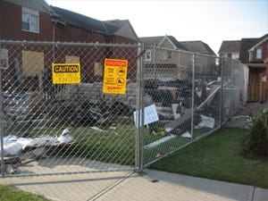 Temporary chain link fence panel rentals for emergencies and disaster scenes
