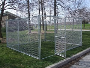 Custom chain link dog kennel