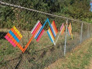 Decorating chain link fence